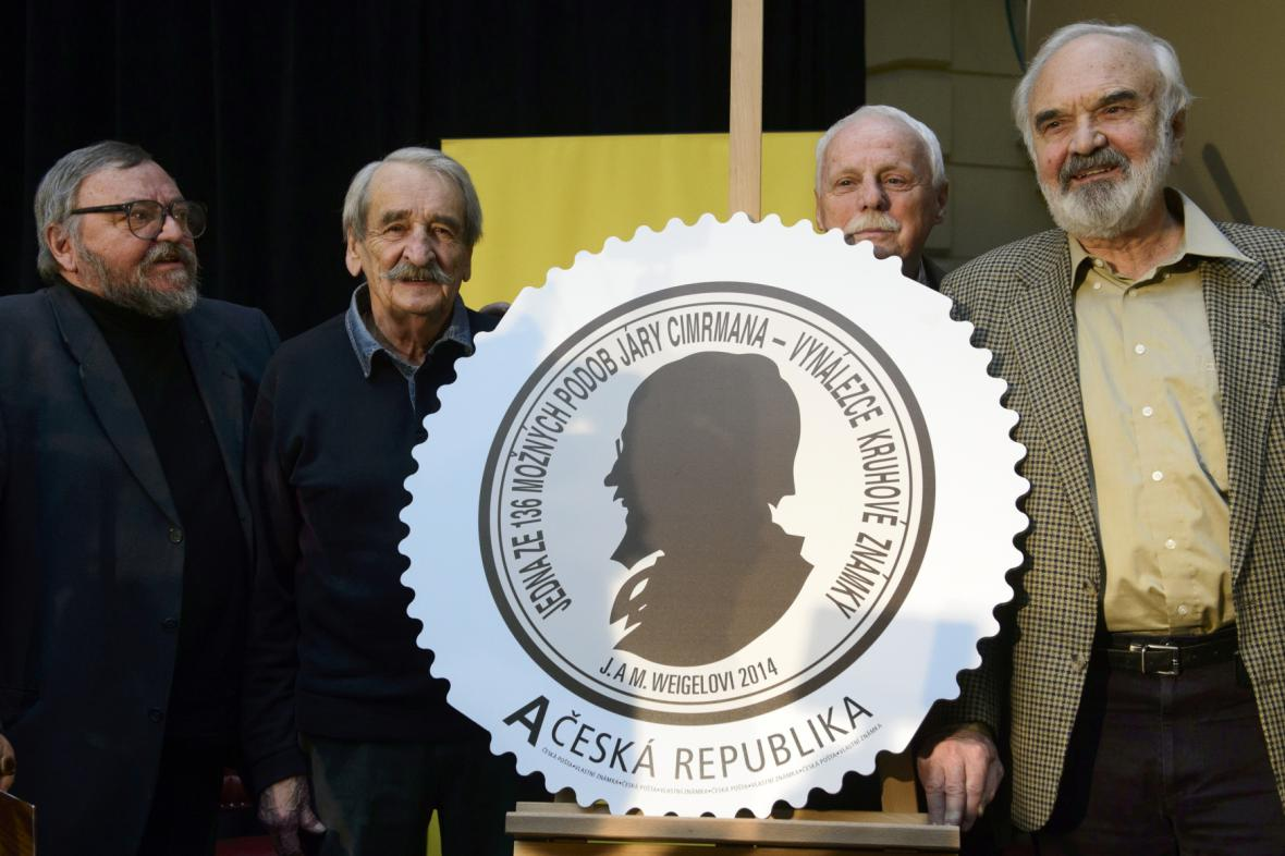 Poštovní známka s jednou z možných podob Járy Cimrmana