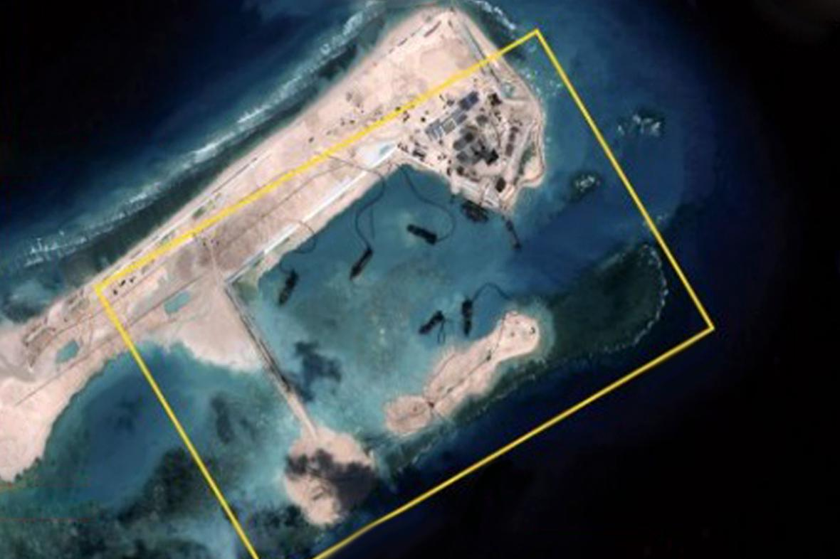 Čína buduje umělý ostrov