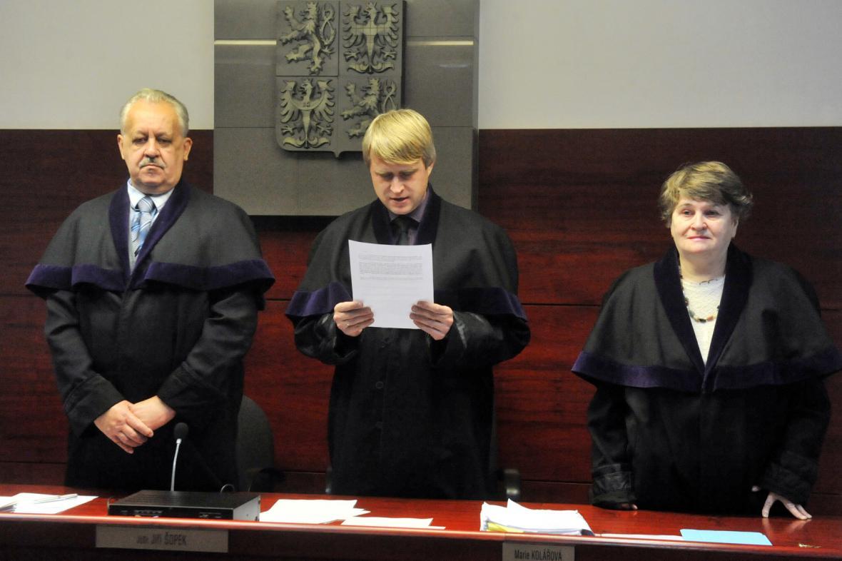 Senát Okresního soudu Ostrava s předsedou Jiřím Šopkem