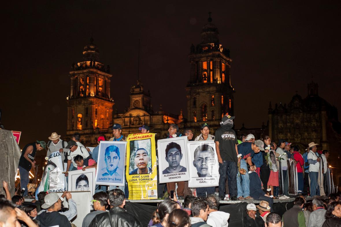 Demonstrace v hlavním městě Mexika