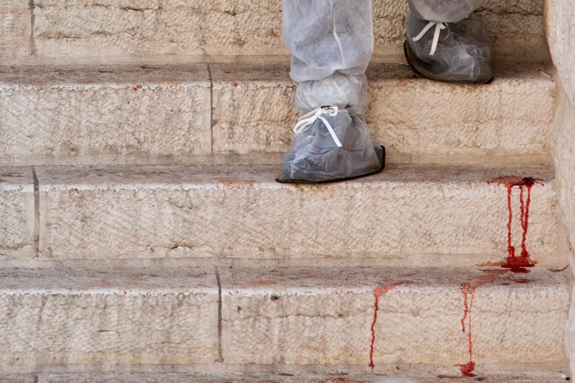 Následky atentátu v jeruzalémské synagoze