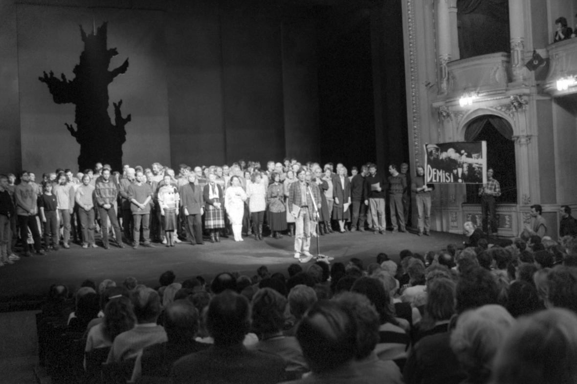 Stávka v Divadle na Vinohradech
