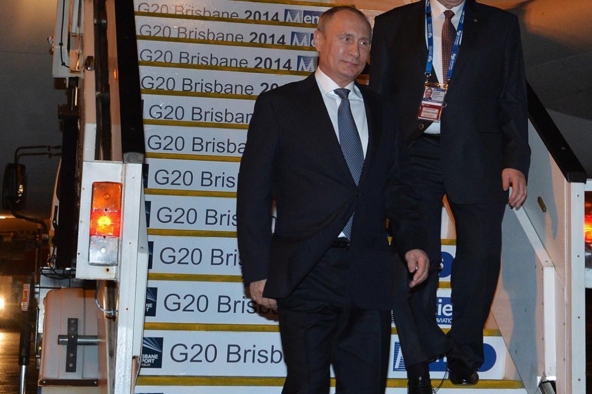 Vladimír Putin přilétá na summit G20