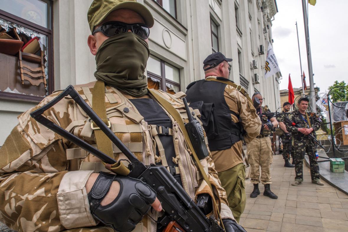 Proruské milice v Luhansku