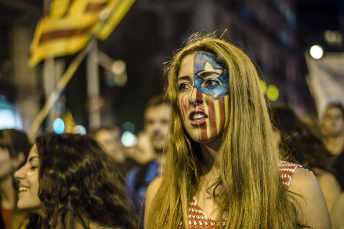 Studenti demonstrují za právo uspořádat referendum
