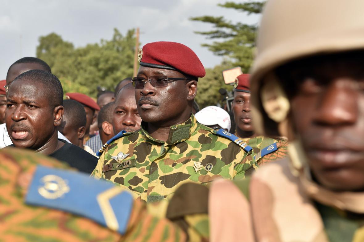Podplukovník Zida má podporu armádních špiček