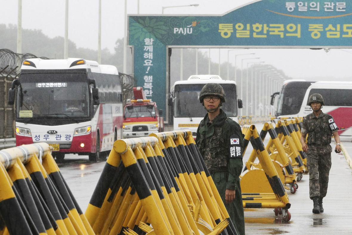 Kontroly u korejských hranic