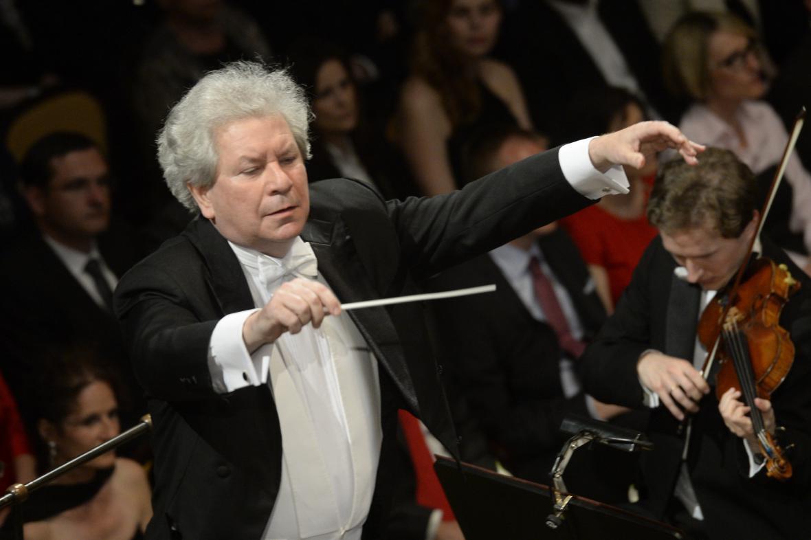 Česká filharmonie s šéfdirigentem Jiřím Bělohlávkem