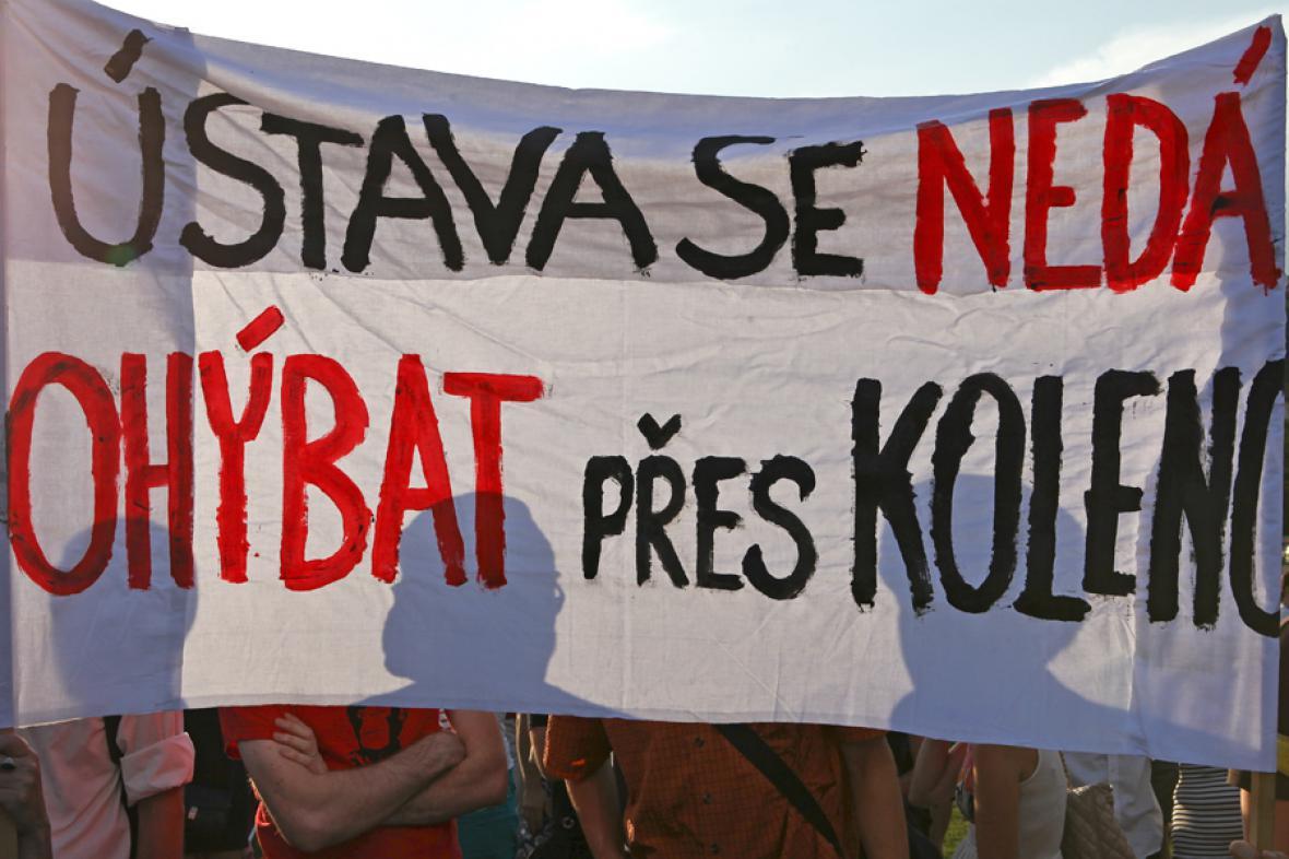 Demonstrace proti vládě