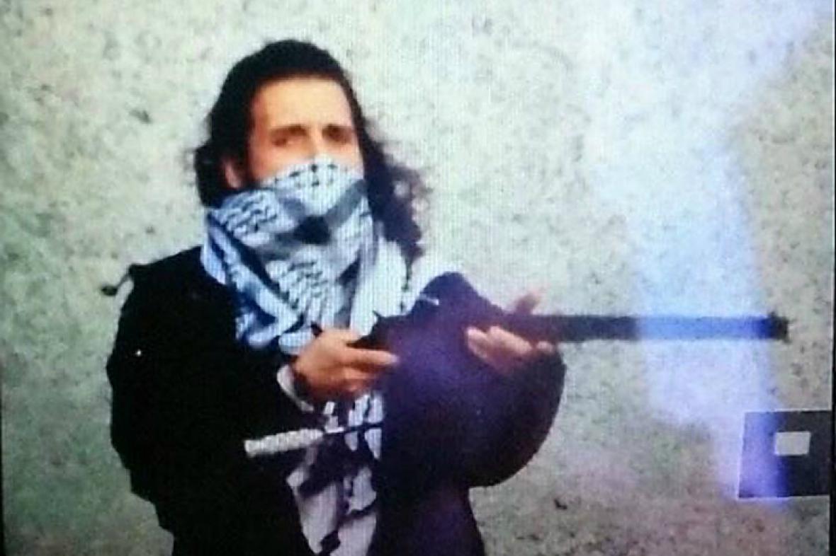Údajná fotografie střelce z Ottawy