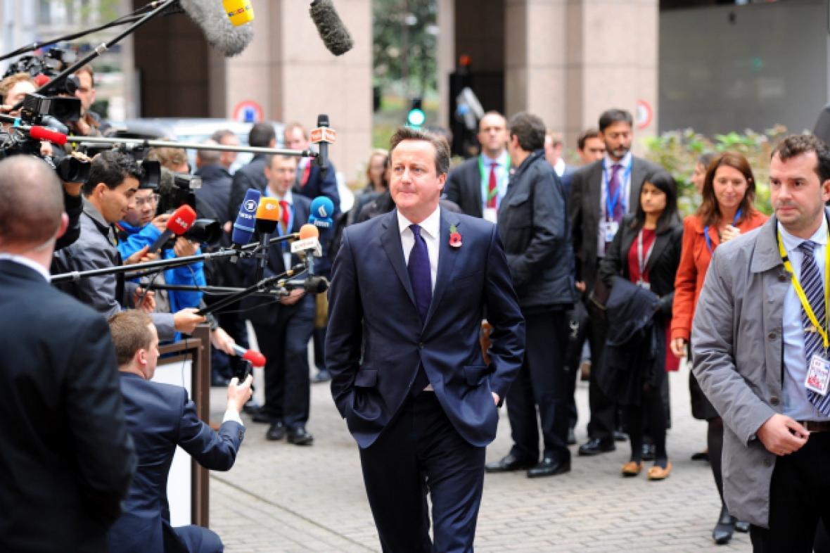 Premiér Cameron je nyní na summitu EU v Bruselu