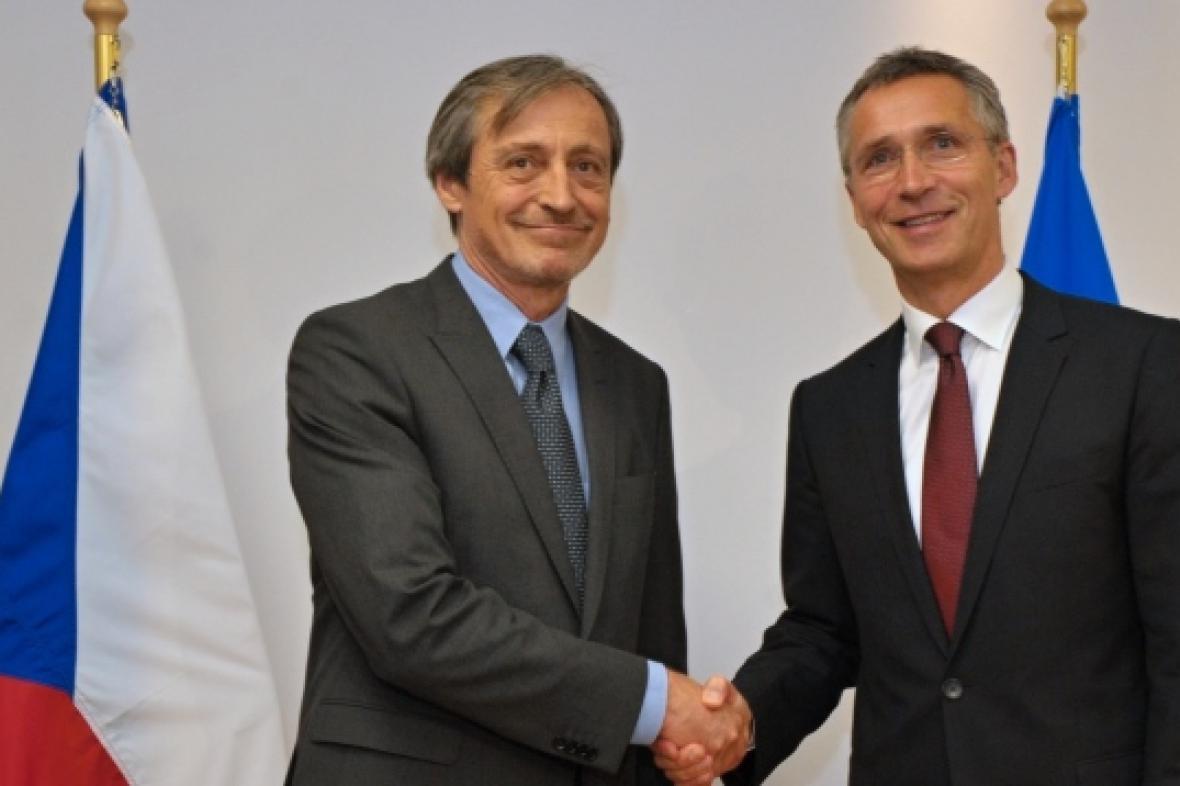 Martin Stropnický a Jens Stoltenberg