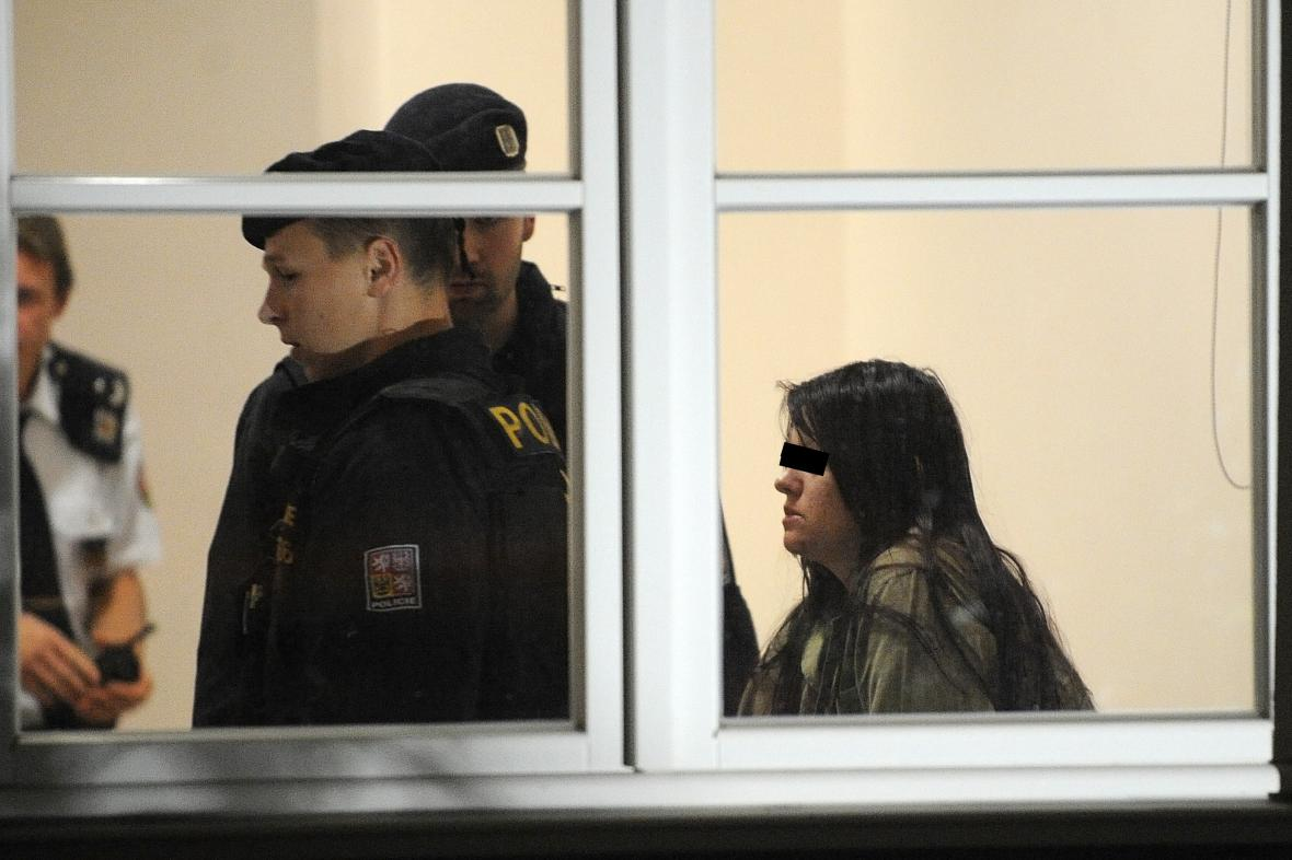 Žena obviněná z vraždy ve Žďáru