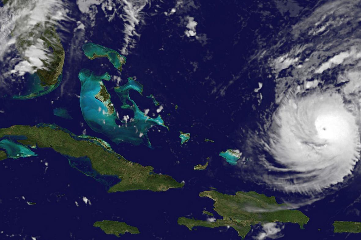 Hurikán Gonzalo se blíží k souostroví Bermudy