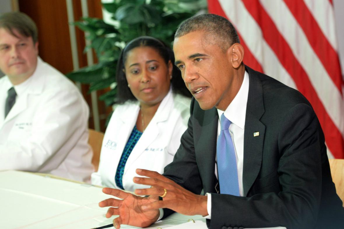 Obama představil americkou pomoc v boji proti ebole