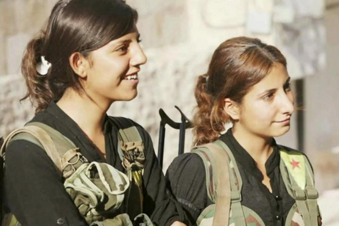Kurdské bojovnice