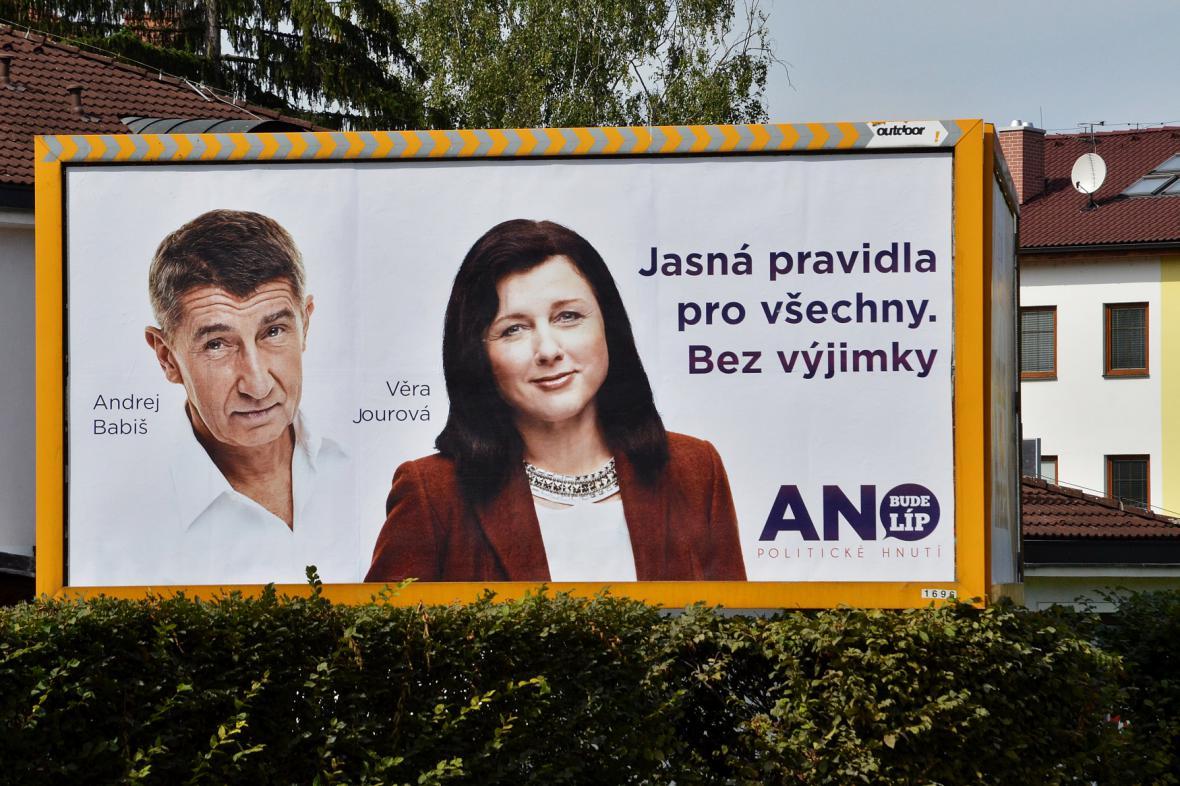 Věra Jourová a Andrej Babiš v předvolební kampani ANO