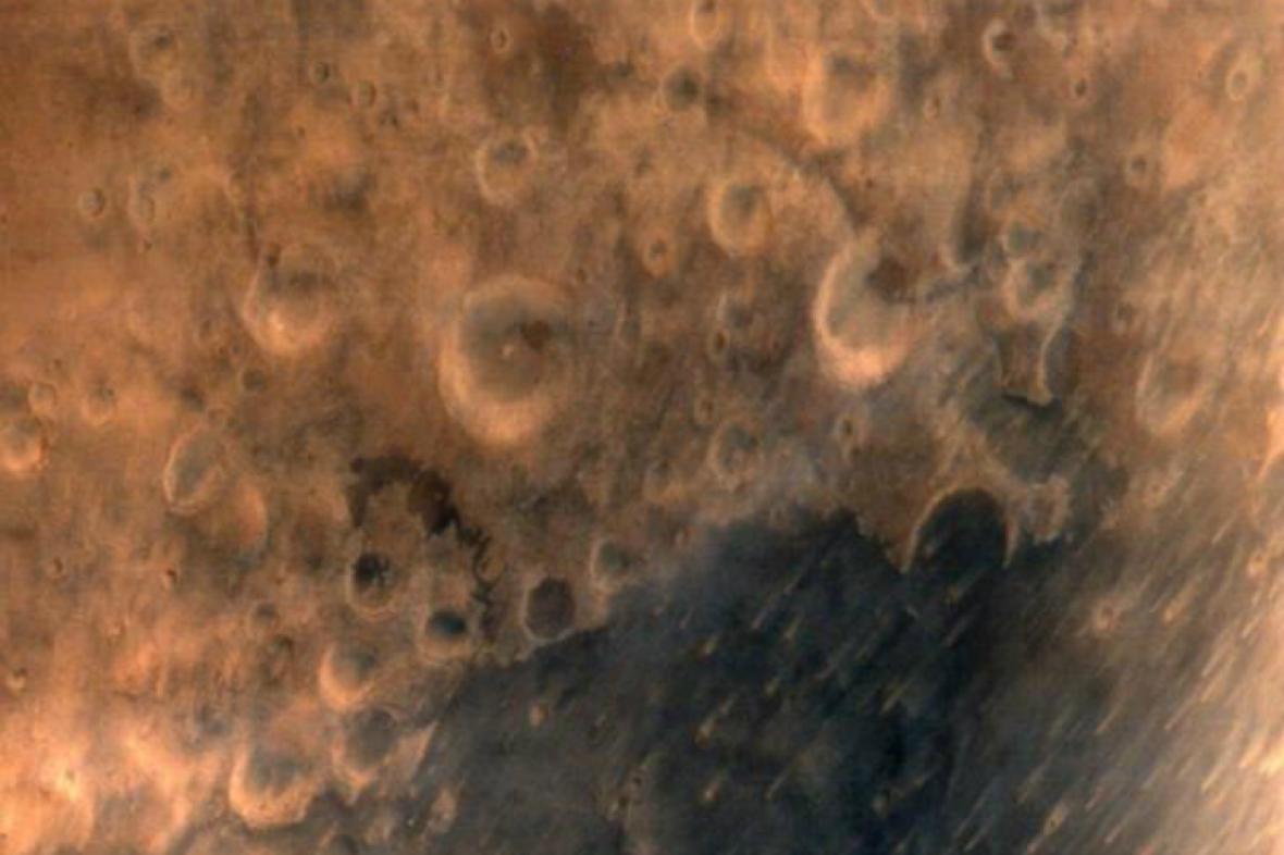 Snímek Marsu pořízený indickou sondou Mangalján