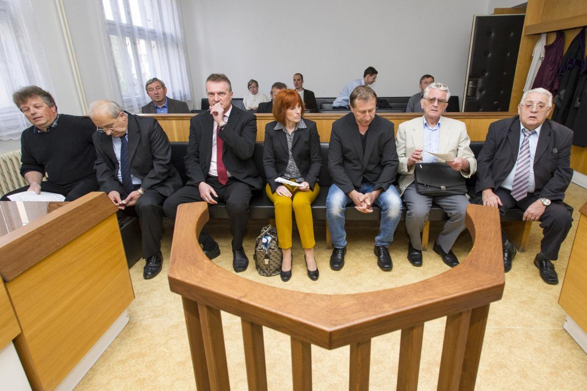 Zastupitelé Jaroměře před soudem