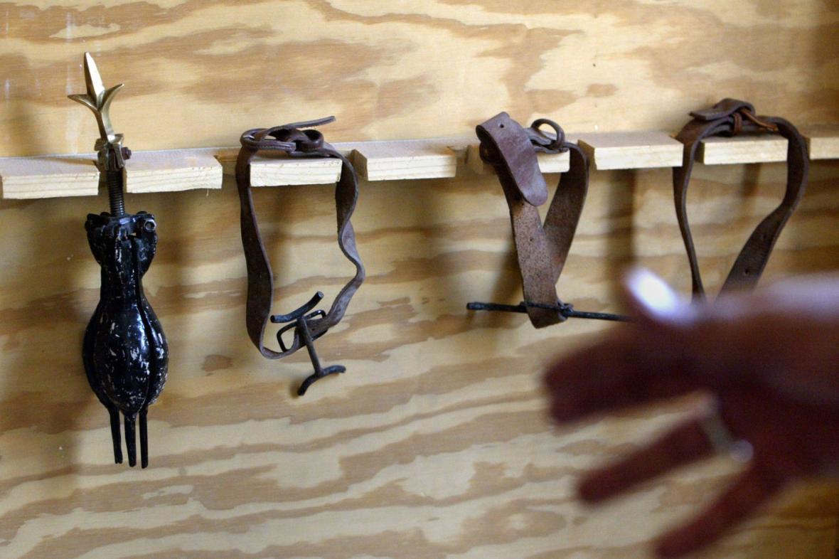 Mučící nástroje