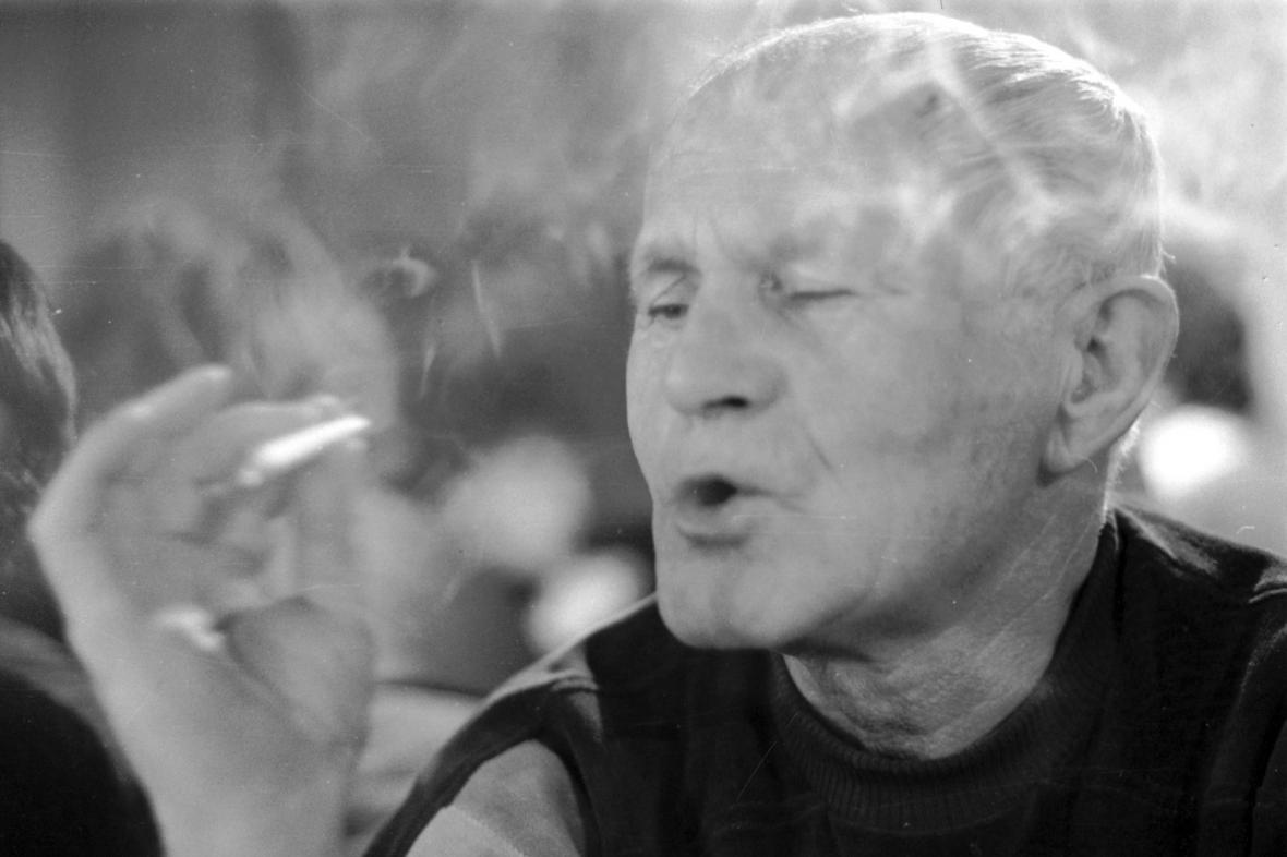 Spisovatel Bohumil Hrabal (1984)