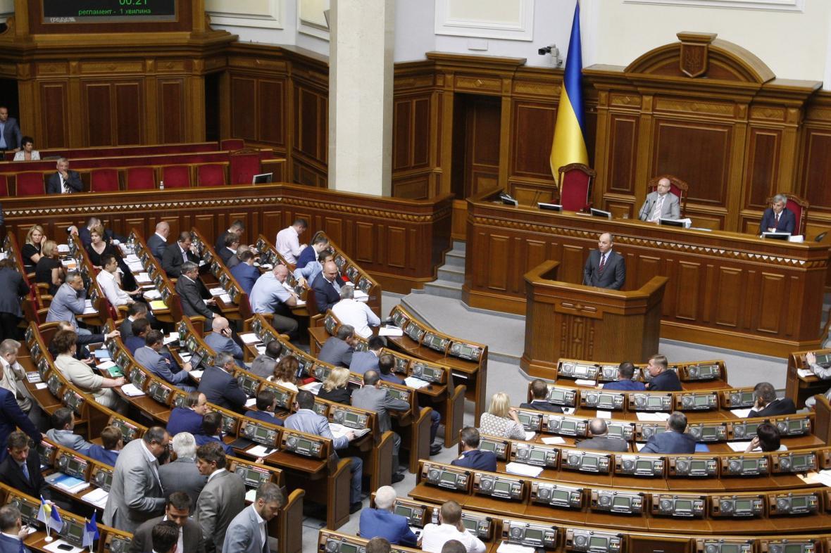 Ukrajinský parlament odsouhlasil třetí vlnu částečné mobilizace