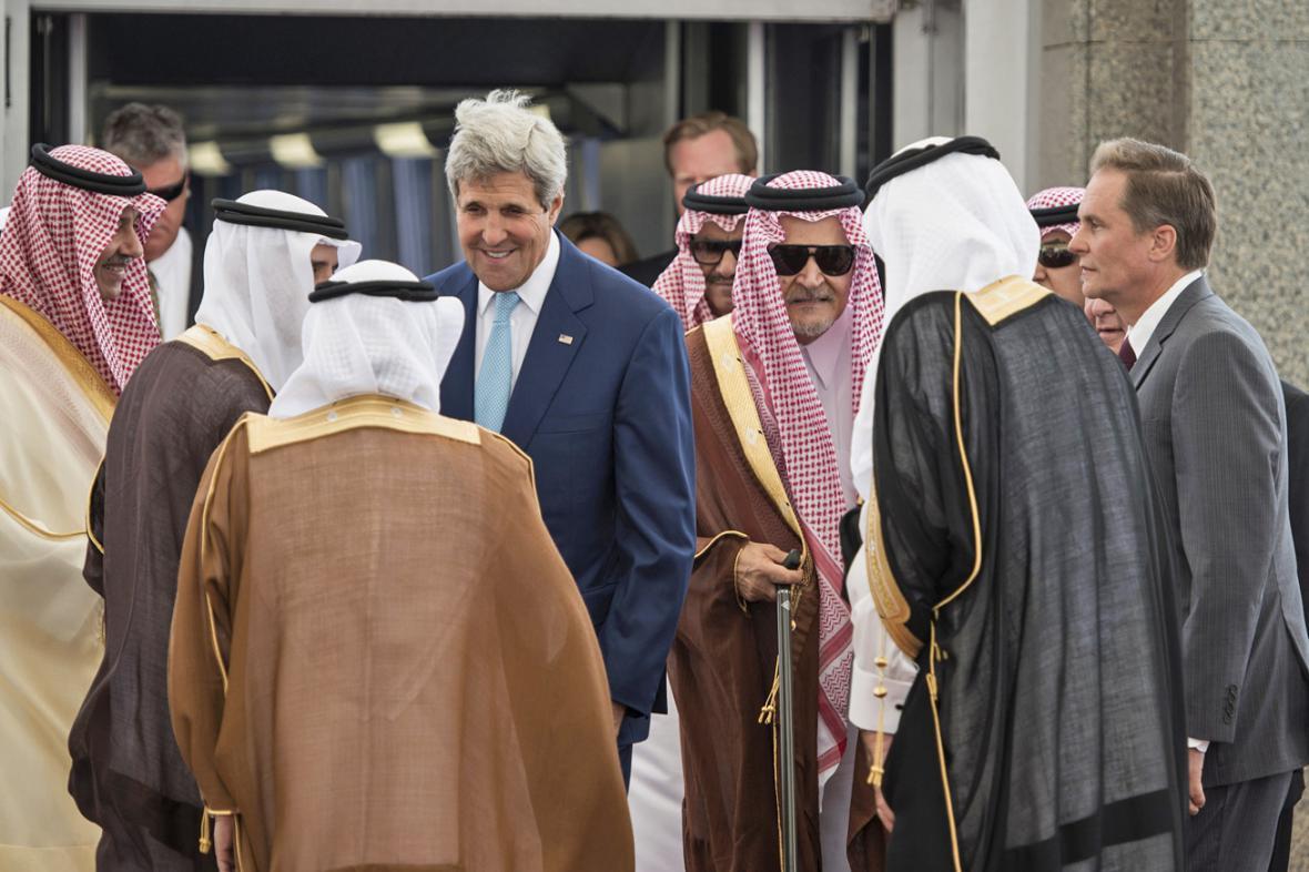 John Kerry jednal v Džiddě o společném postupu proti Islámskému státu