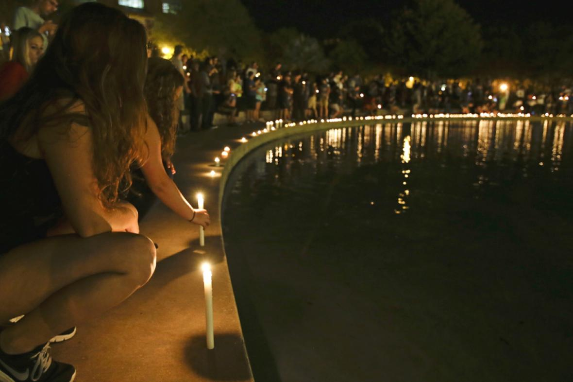Vzpomínka floridské univerzity na Stevena Sotloffa