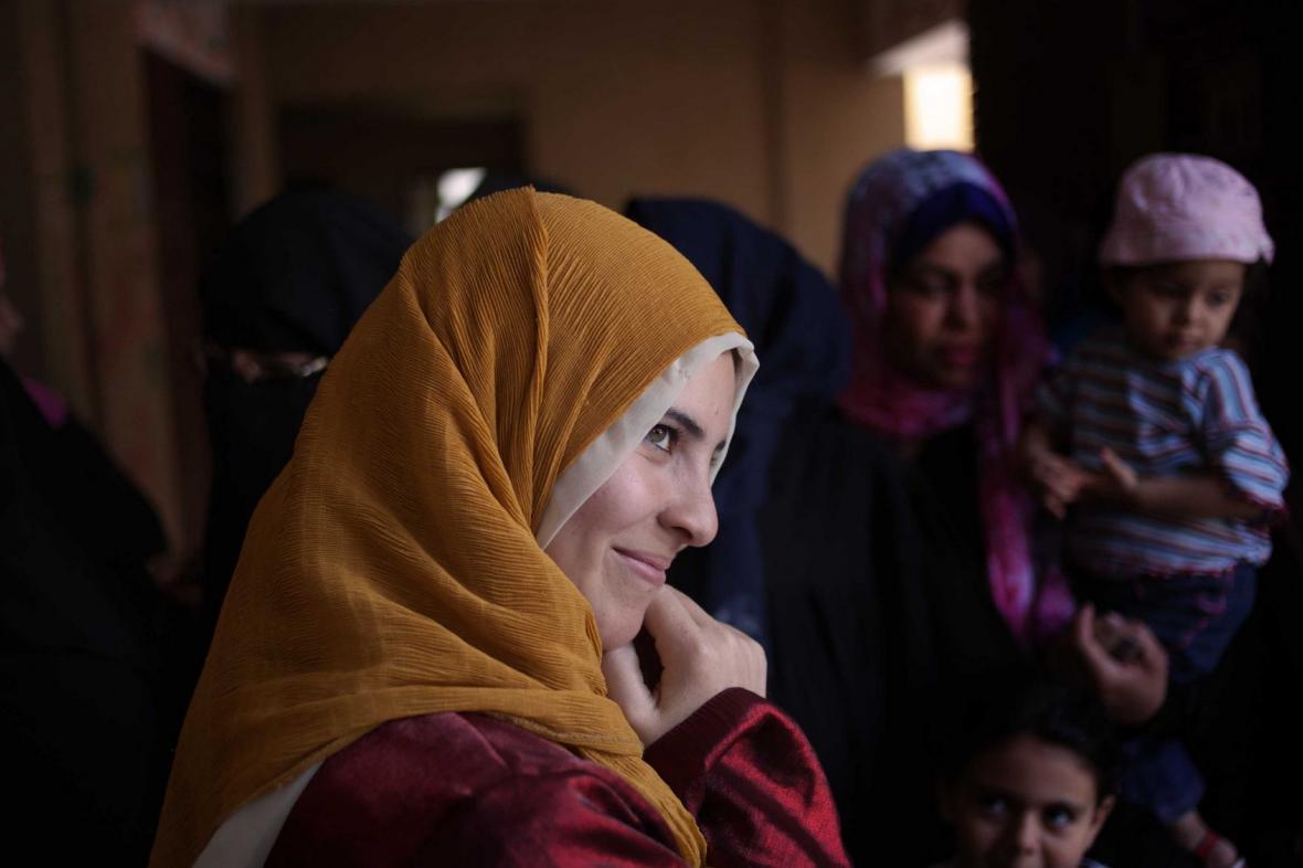 35305f05a83 Svoboda (bez) šátku  Iránky je chtějí sundat