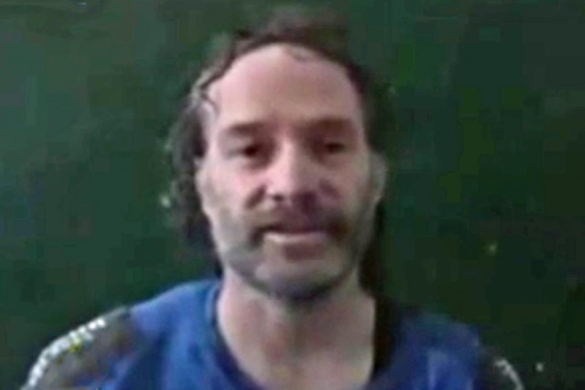 Propuštěný novinář Peter Theo Curtis