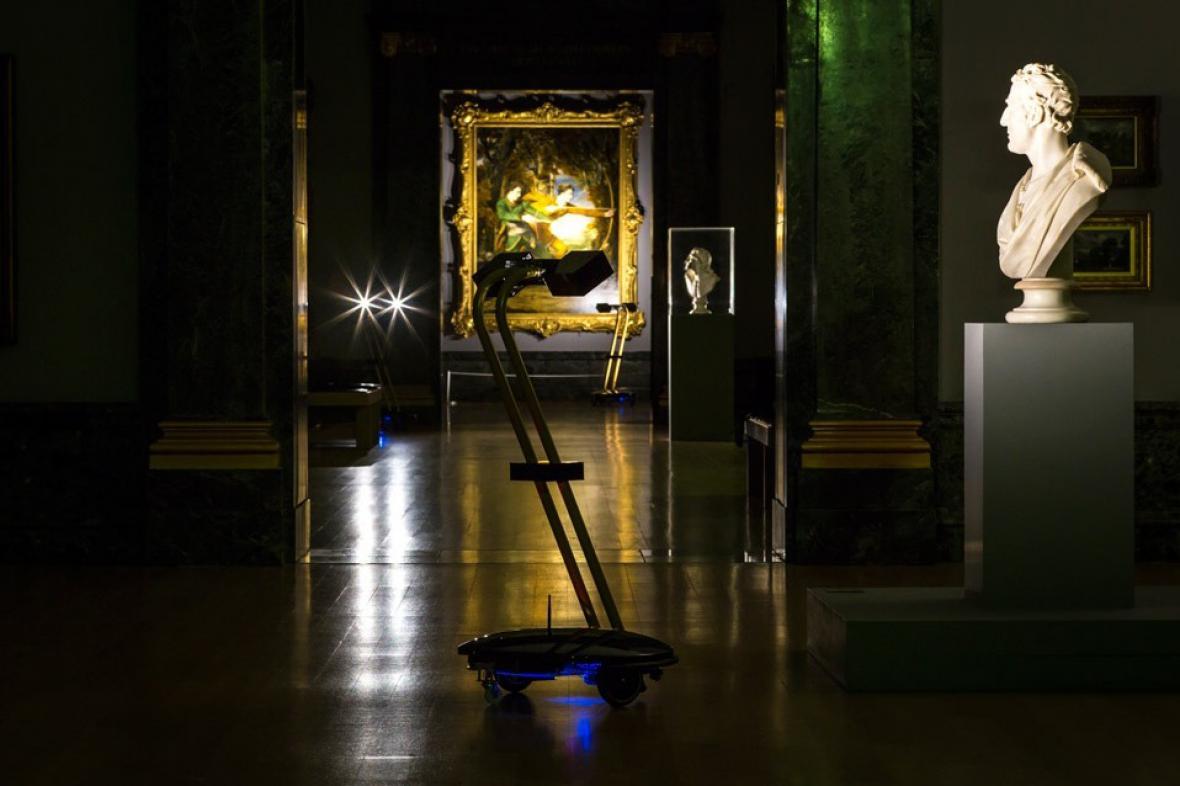Projekt After Dark - roboti v Tate Britain