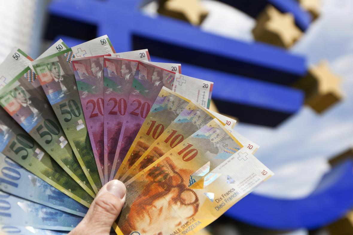 Švýcarské franky na pozadí ECB