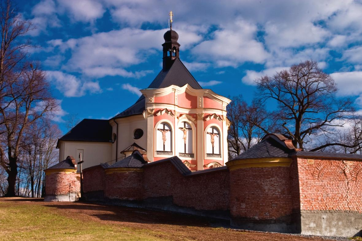 Církevní stavba