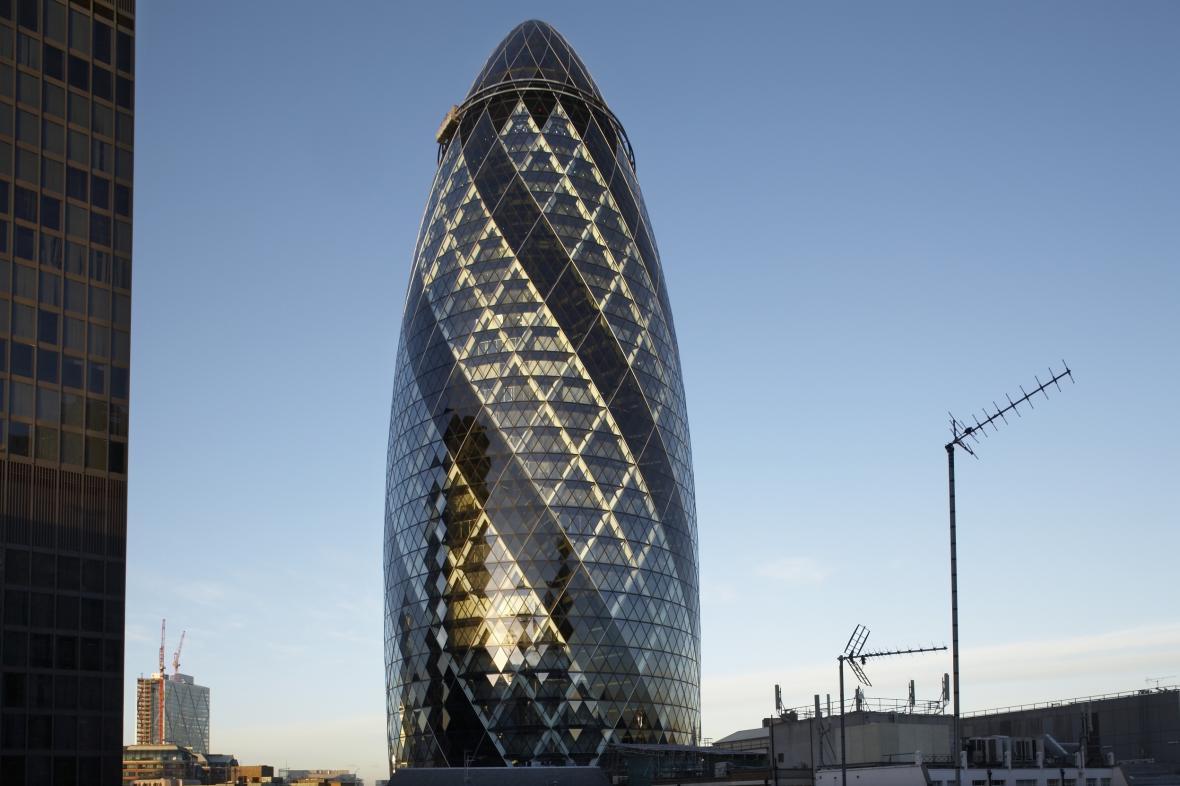 Londýnská Okurka (Gherkin)