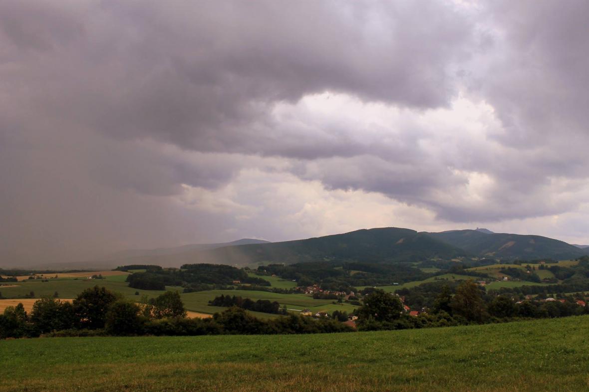 Bouřka v Janovicích u Frýdku-Místku