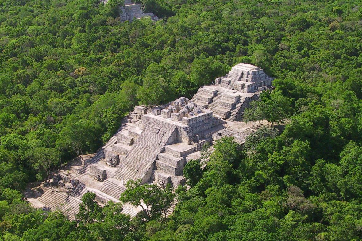 Pyramida v Calakmulu