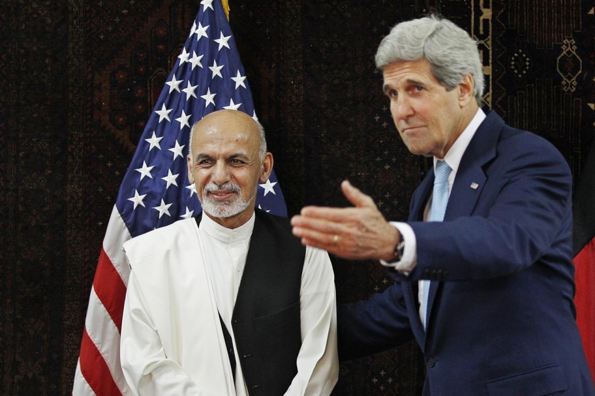 Ašraf Ghaní a John Kerry