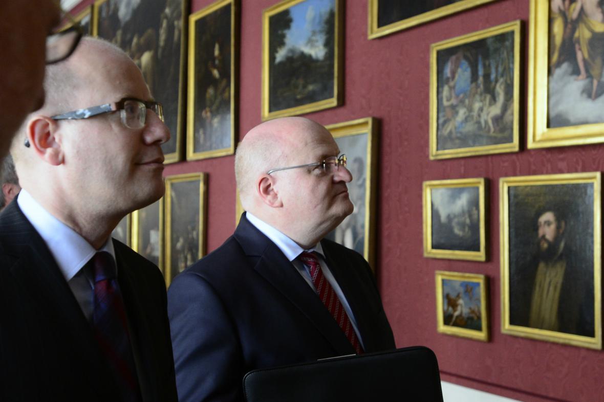 Bohuslav Sobotka navštívil ministra kultury Hermana