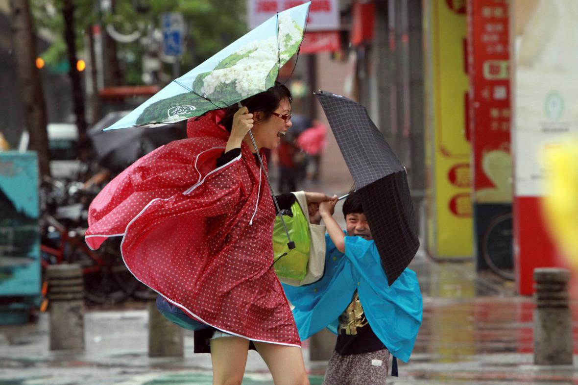 Tajfun Usagi v Tchaj-peji