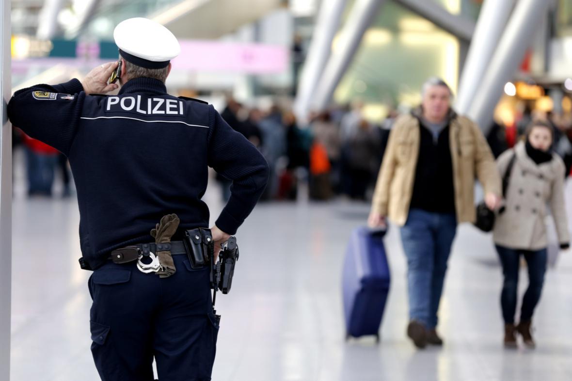 Policie na německém letišti