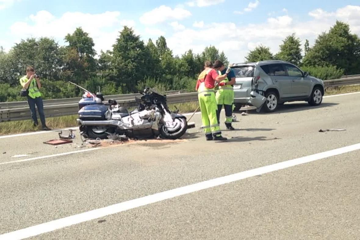 Nehoda u Holubic na dálnici D1