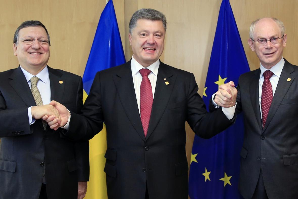 Ukrajina podepsala ekonomickou část asociační dohody s EU
