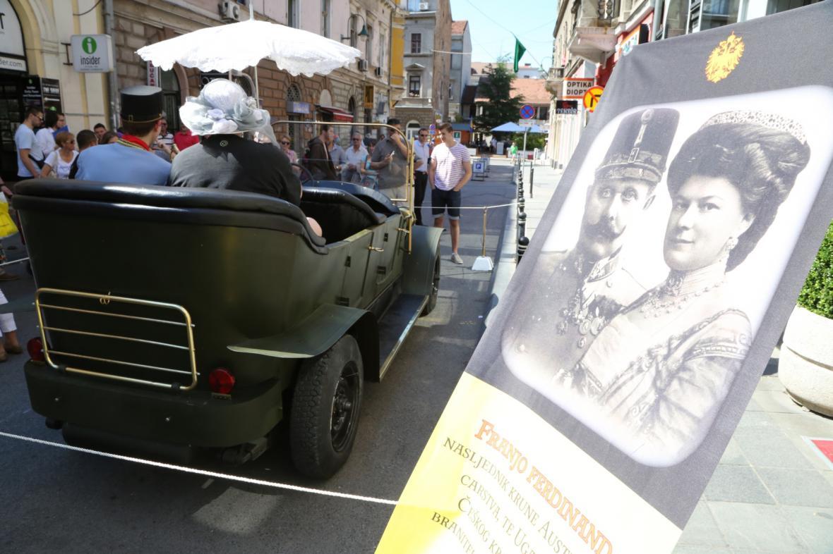 V Sarajevu byla vystavena kopie vozu, ve kterém našel d'Este smrt