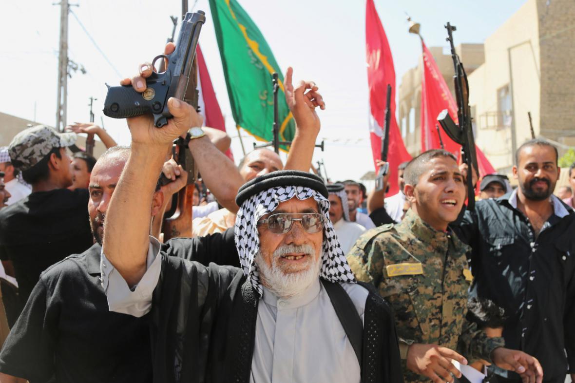 Do boje proti ISIL se hlásí stovky dobrovolníků