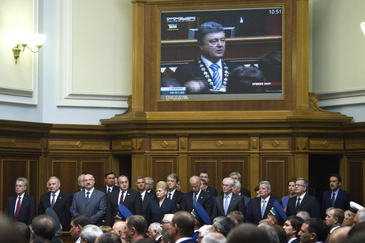 Zahraniční politici na inauguraci Petra Porošenka