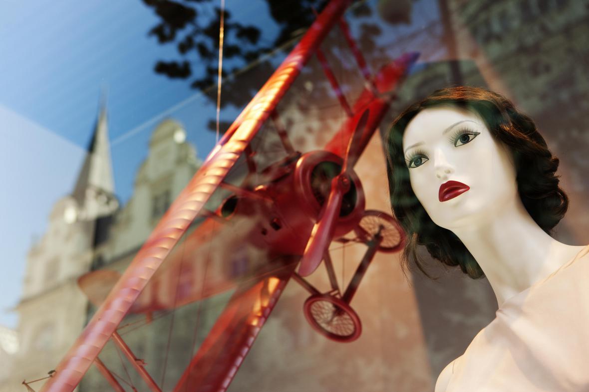 Výloha v Pařížské ulici
