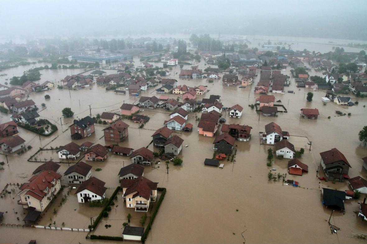Bosenský Doboj zasáhla až čtyřmetrová přívalová vlna