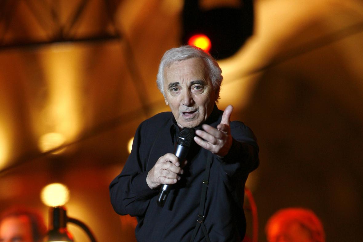 Zpěvák Charles Aznavour