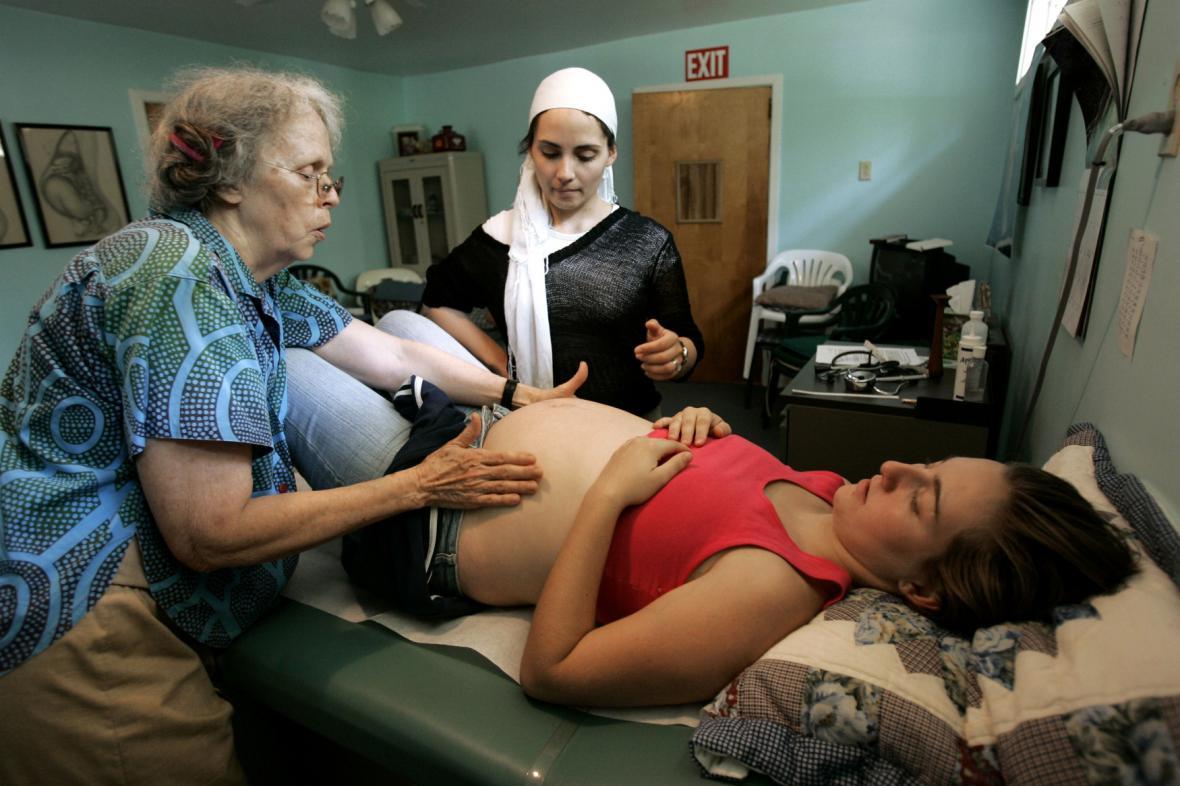Porodní asistentka