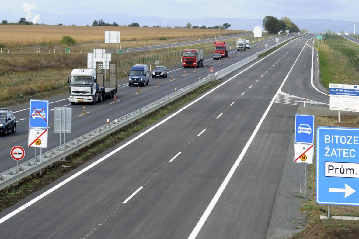 Rychlostní silnice R7 v modernizované části